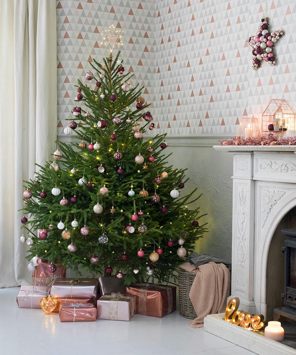 Hoe hou ik mijn kerstboom in topvorm?