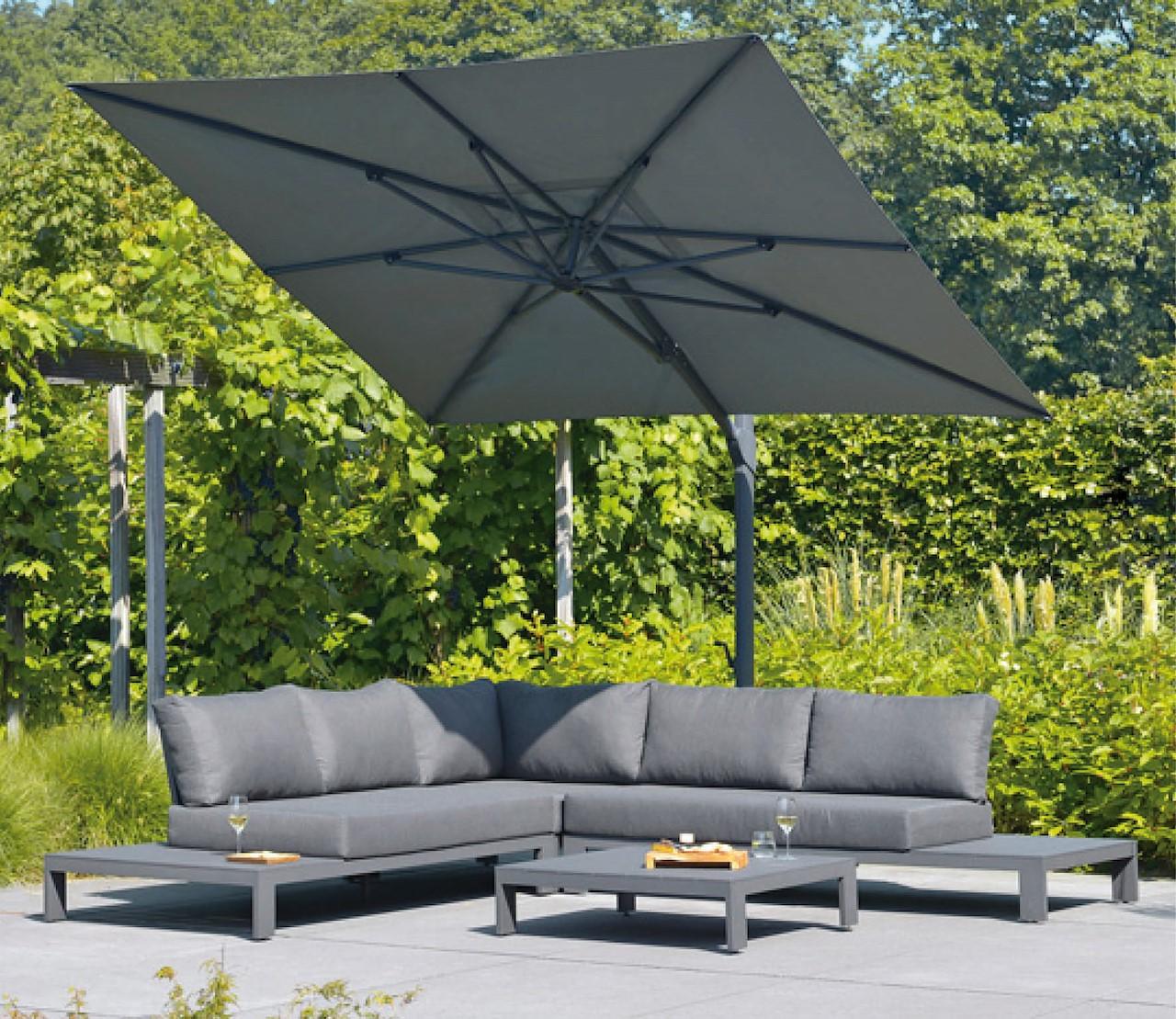 Veilig & stijlvol de zomer door: parasoltrends 2020